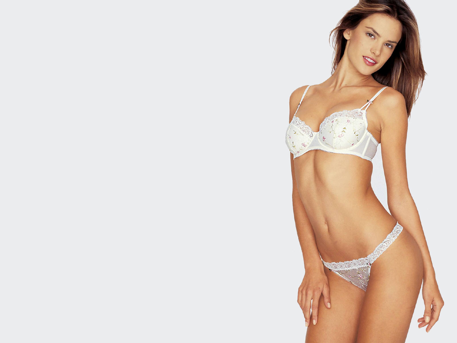 Alessandra Ambrosio Wallpaper - HD Wallpapers