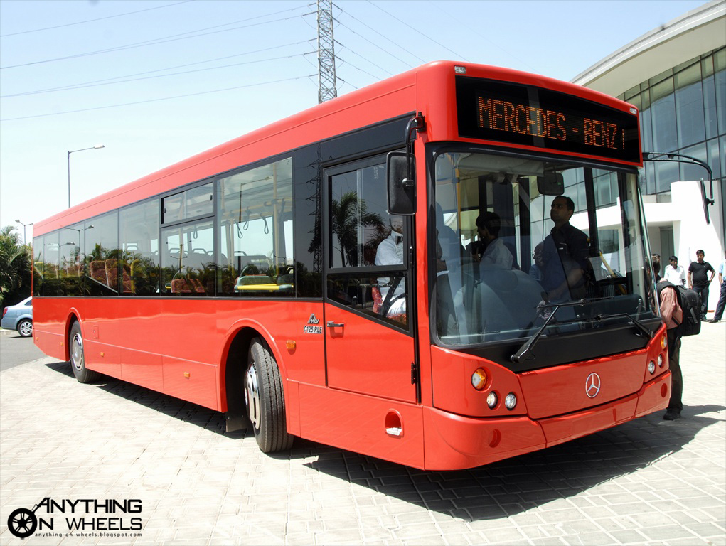 Anything on wheels mercedes benz launches city bus c125 for Mercedes benz transit