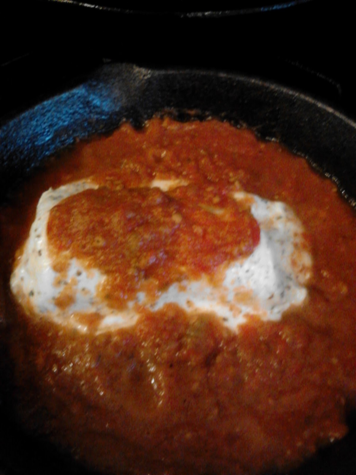 April's Country Life: Herbed Goat Cheese Spread with Marinara