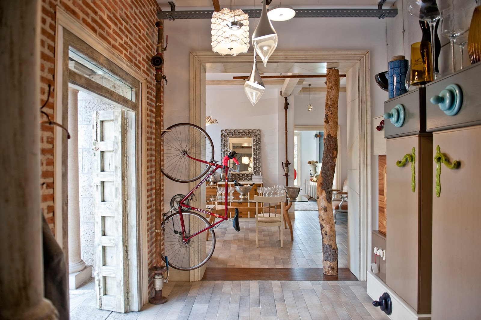 Lola Glamour abre un nuevo showroom en Madrid | magava interior