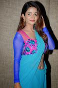 Anaika soti sizzling in saree-thumbnail-14