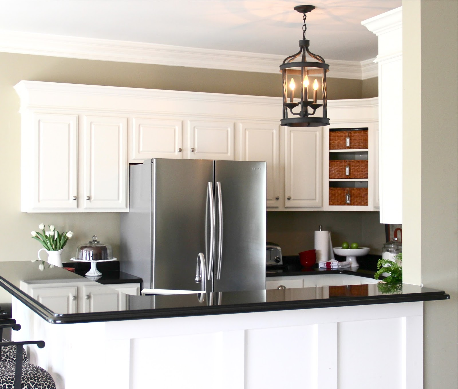 Kitchen Staging Before And After: The Yellow Cape Cod: Staging The Kitchen For Summer And A
