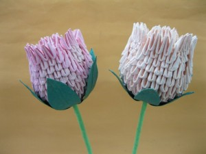 This Is A Great Gift That You Can Make With Paper Check Out The 3d Origami Roses