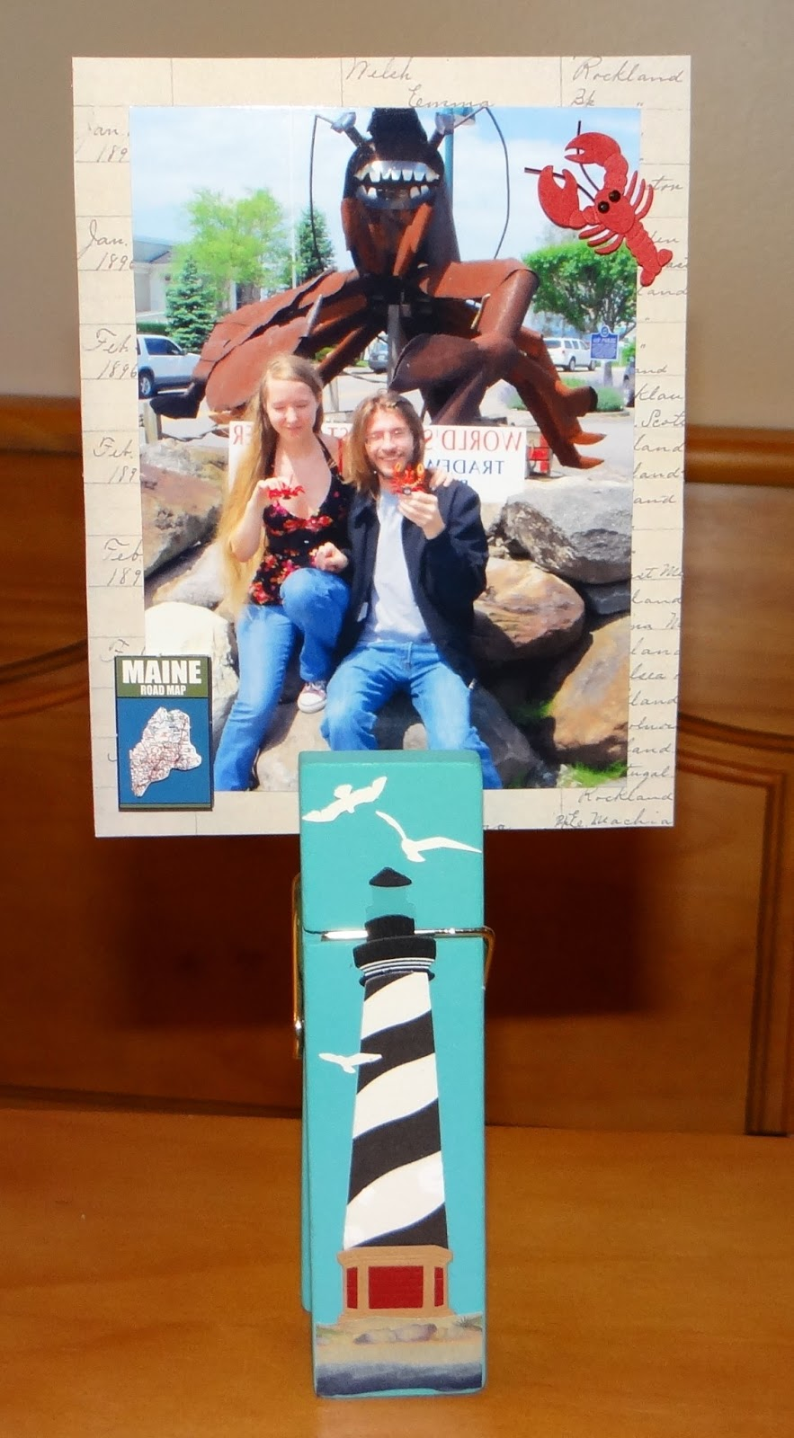 Amber 39 S Craft A Week Blog Oversized Clothespin Photo Display