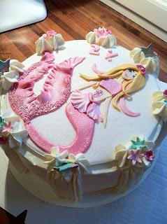 Merenneito-Barbie -kakku