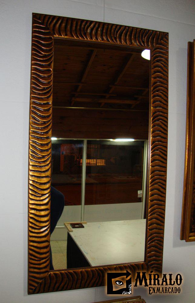Espejos a medida para ambientes y ba os for Espejo dorado bano