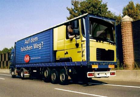 fotos de camiones curiosas publicidad anuncios camion dentro