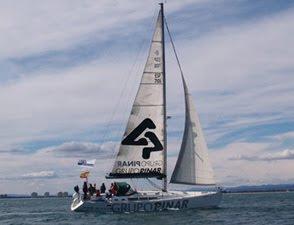 Barco corporativo del Grupo Pinar