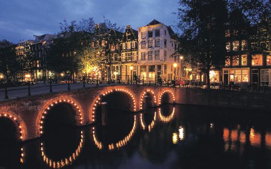 Τα κανάλια του Άμστερνταμ.