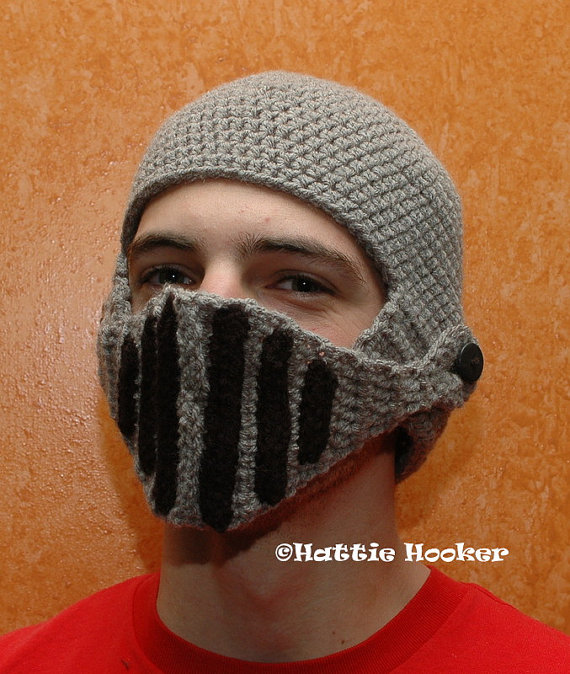 Gorro de casco medieval | La Guarida Geek
