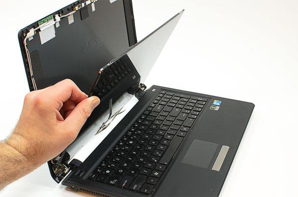 laptop5 Hướng dẫn tự thay màn hình laptop