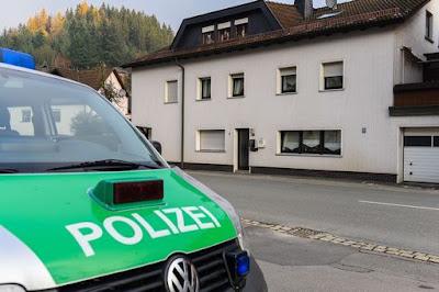 buongiornolink - Orrore in Baviera, in una casa polizia trova i corpi di 8 neonati