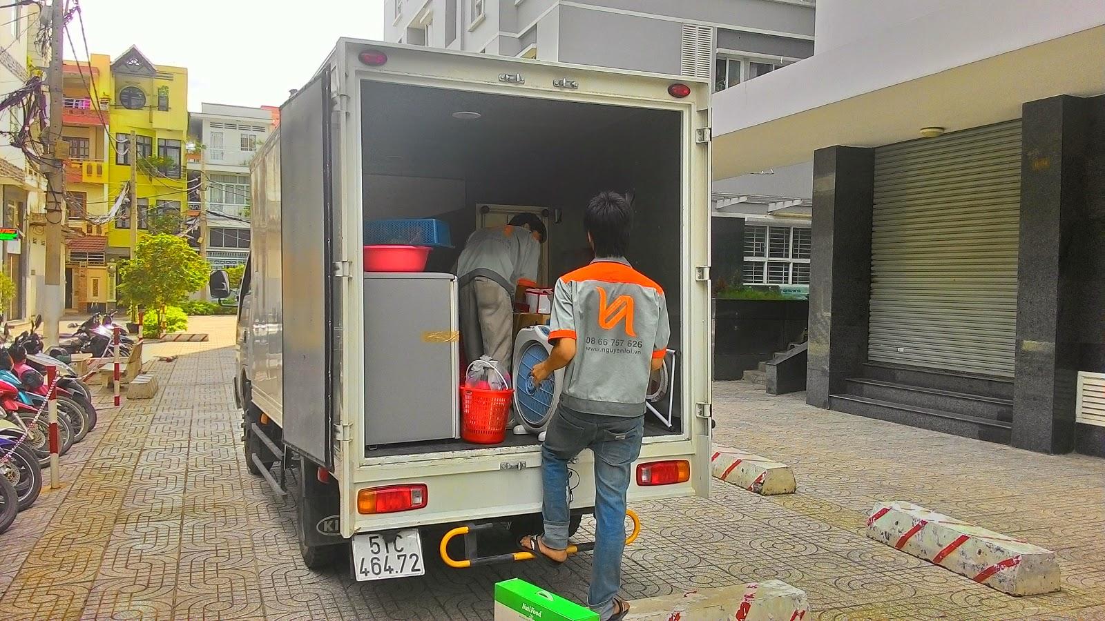xe tải 1 tấn 4 chuyển nhà