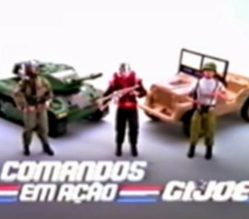 Propaganda dos bonecos 'Comandos em Ação' com o personagem Falcon.