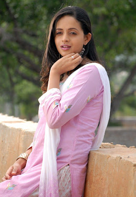 Actress Bhavana new cute photos