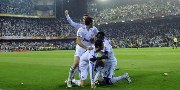 real madrid vs barcelona copa del rey photos. real madrid vs barcelona 2011