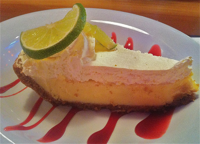 Key Lime Pie, Hooters