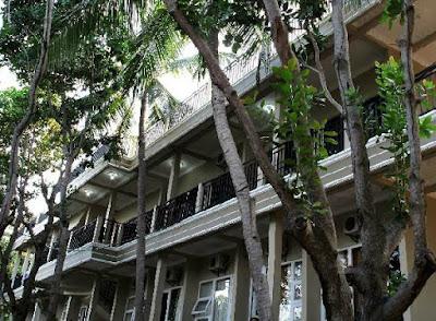 Gedung hotel kelapa resort