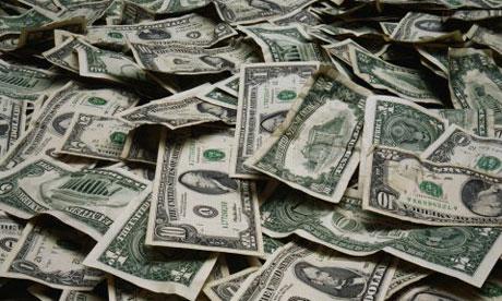 امرأة تعرض يتزوجها مليون ريال..! dollars460.jpg