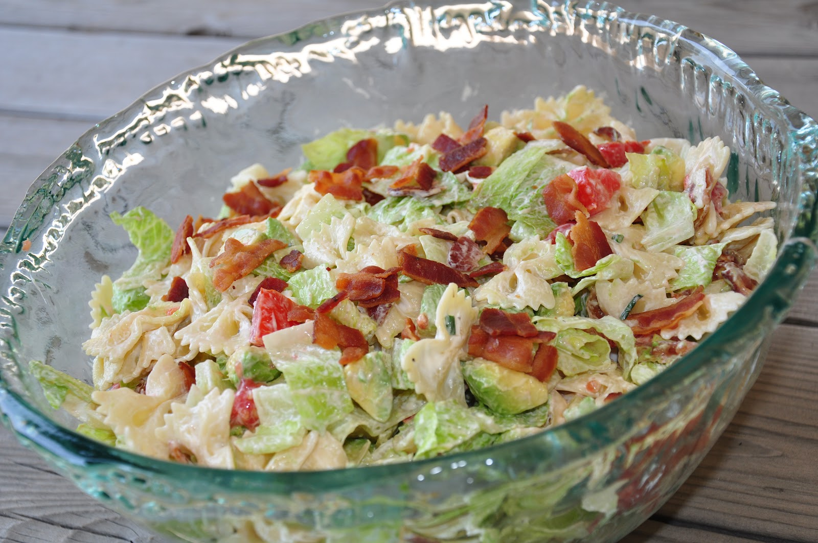 The Changeable Table: BLT Pasta Salad