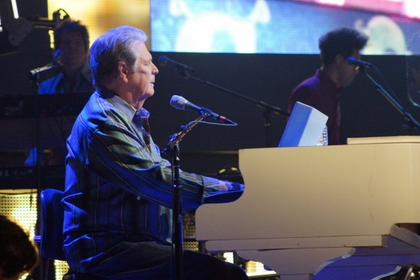 brian-wilson-beach-boys-reunion-live