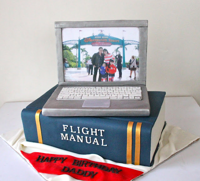 How To Make A Laptop Cake Screen Stand Up