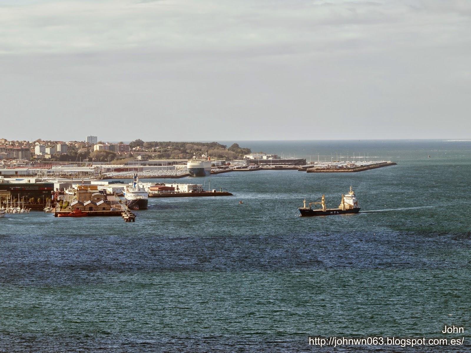 fotos de barcos, imagenes de barcos, feederlines, vennendiep, carga general, vigo