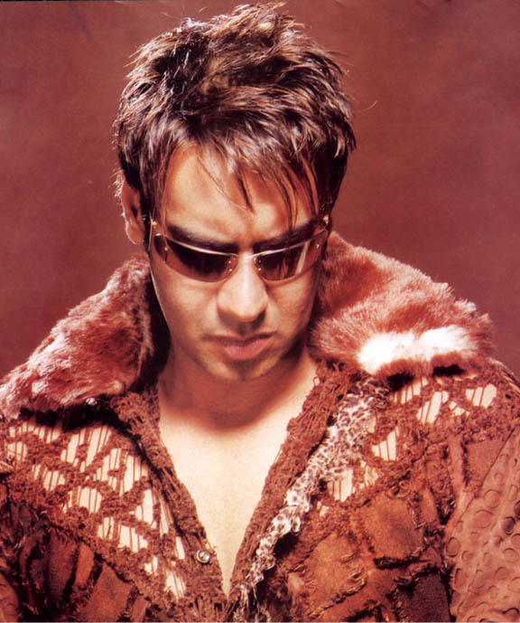Download Free HD Wallpapers of Ajay Devgan
