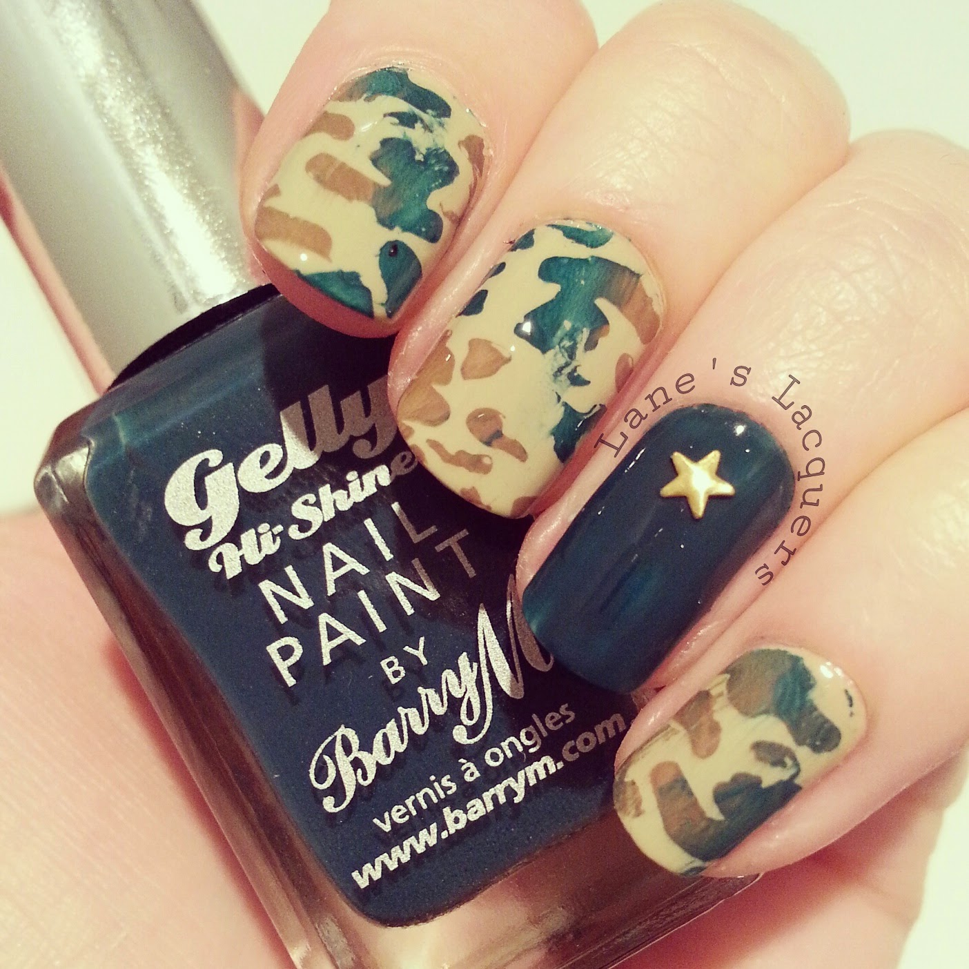 52wpnmc-army-camo-dark-green-nail-art (2)
