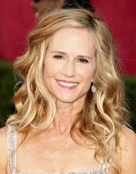 The Most Stunning Celebrity Women Over 50   Kelly preston