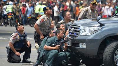 Polisi Berlindung