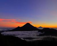 puncak gunung pakuwojo dieng