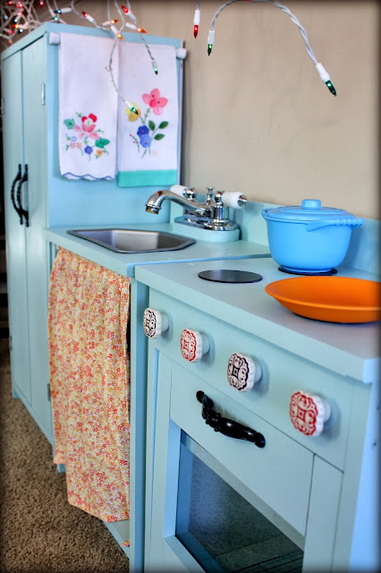 DIY Play Kitchen Pieces
