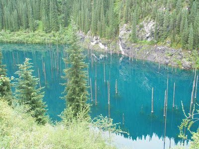 lake kaindy 5%5B2%5D الغابات الغارقة في بحيرة كاندي