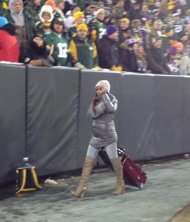 ESPN's Josina Anderson Wears A Lot Of Leather At Lambeau