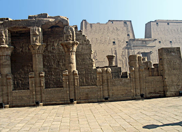 carved pillars of edfu temple in egypt