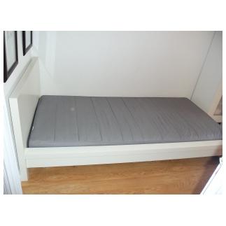 Ikea segunda mano enero 2012 for Estructura de cama alta ikea