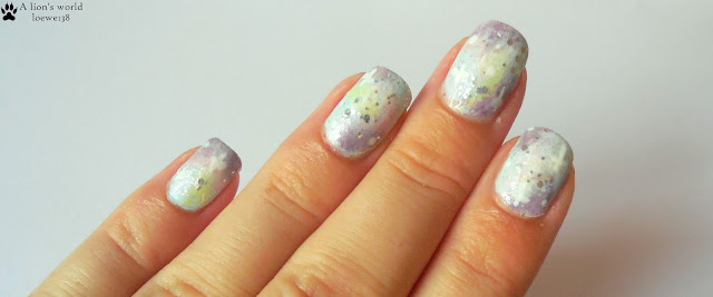 Pastell Galaxy Nails