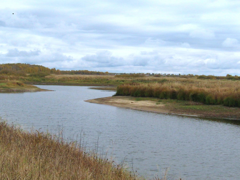 Река осенью