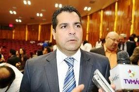 Candidatos deben abrirse al escrutinio público: Román Jiménez