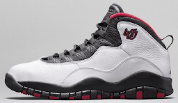 Air Jordan X - MJ marks his place in history with a drive that won´t quit.