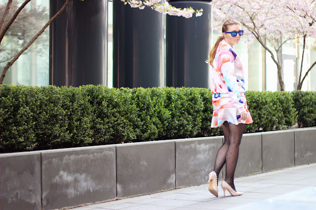 Zara, set, jumper, floral, geblümt, scuba, spring summer, 2014, steve madden, studed, heels, nude, blue H&M sonnenbrille, fashionblog, germany, hamburg, polka dots, mirrored glasses, gespiegelt, geblümt, pastel trend, frühling, sommer,