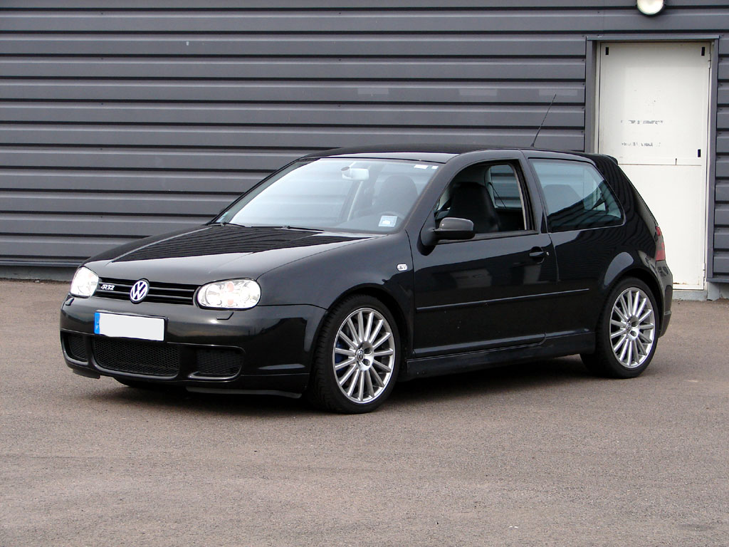 voiture volkswagen golf 4 r32 pictures. Black Bedroom Furniture Sets. Home Design Ideas