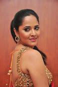 anasuya sizzling saree stills-thumbnail-13