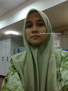 Malay Women – Awek tudung kerja kilang