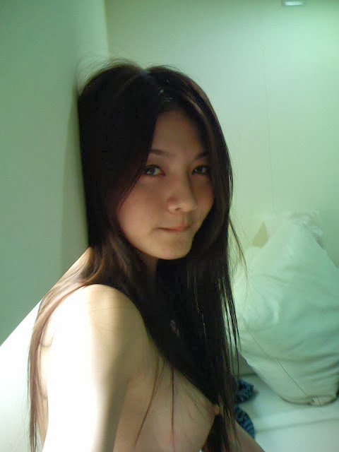 http://www.imgbabes.com/mgfkr1811lq4/Maggie_Wu_Leaked_Nude_Sex_Photos_With_Justin_Lee_In_The_Taiwan_Celebrity_Sex_Scandal_www.GutterUncensored.com_002.jpg.html