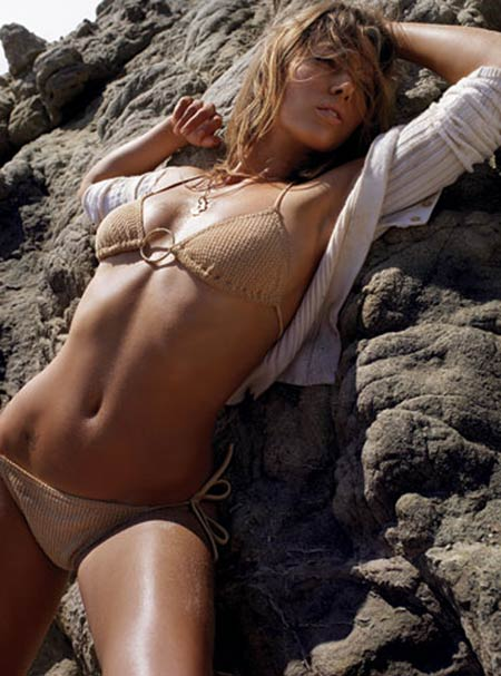 Hollywood Actress Jessica Biel sexy bikini pictures