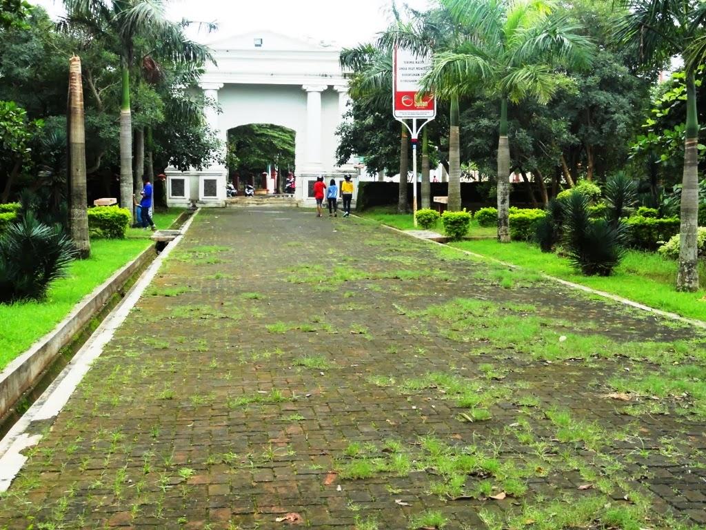 Suasana didalam Benteng VOC, Jepara
