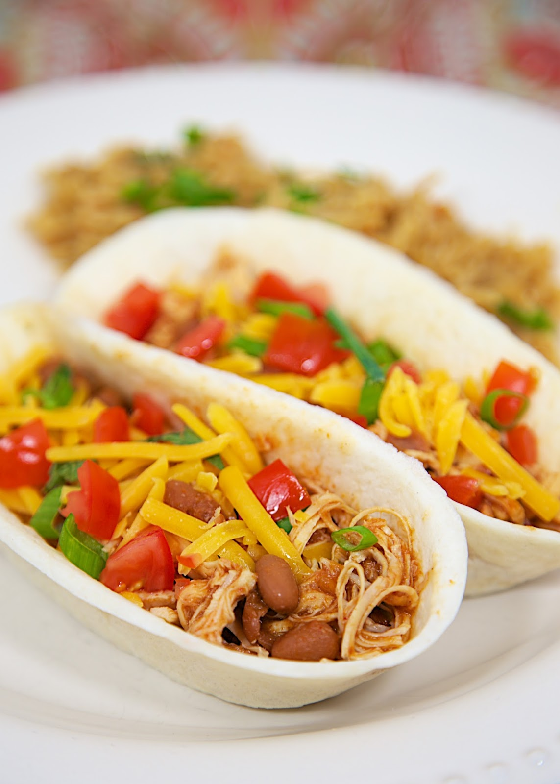 Slow Cooker Chicken Chili Tacos