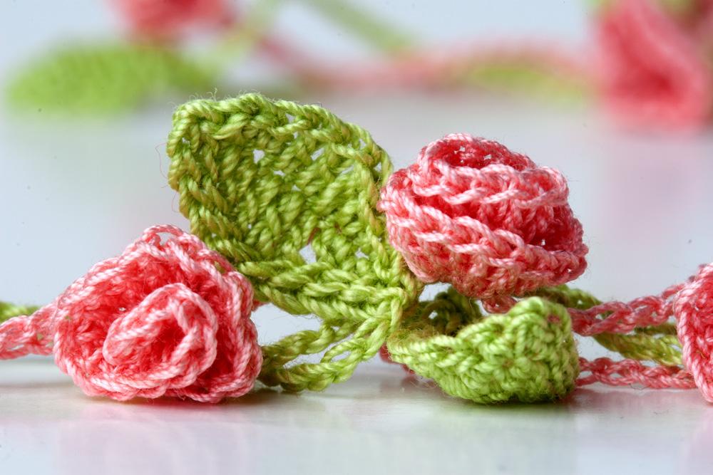 Yarn Twist New Crochet Necklace Rose Garden